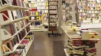 La libreria Ubik di via Garofani