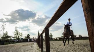 A Montefalco l'equitazione scende in campo contro il cancro