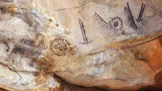 Incisioni rupestri in un sito sui Monti Flinders (Foto: Bjorn Svensson/Alamy)