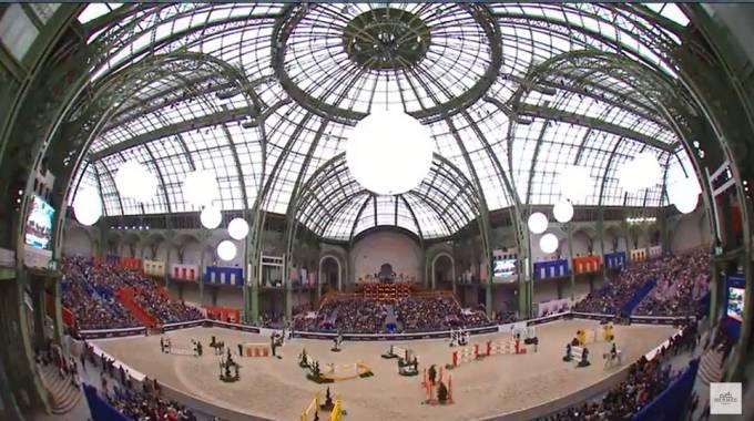 Il Grand Palais a Parigi (ph. Saut Hermes Live TV)