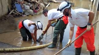 I volontari Cisom all'opera nei quartieri