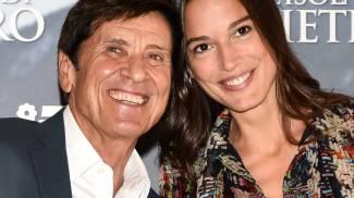 Gianni Morandi con Chiara Baschetti, che interpreta con lui 'L'isola di Pietro'- LaPresse