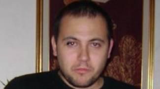 NOCCHIERI Alessandro Nasta, vittima dell'incidente sul Vespucci, e i colleghi con i dispositivi di sicurezza prima e dopo la tragedia risalente al 2012