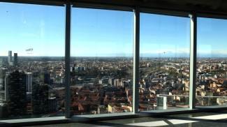 Una veduta della città di Milano fatta dal 39° piano del Palazzo Lombardia