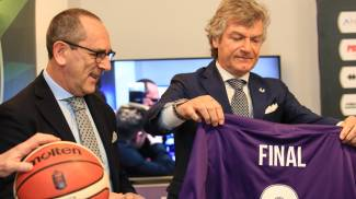 Egidio Bianchi, presidente Lega Serie A di basket, con Giancarlo Antognoni (Germogli)
