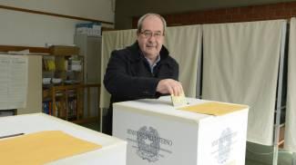 Antonello Giacomelli al voto