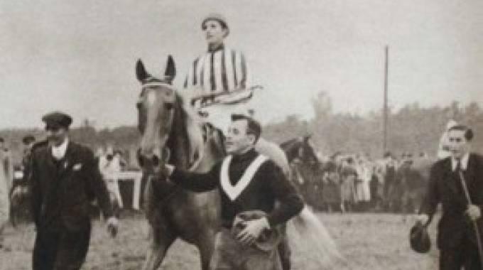 Lata e Norma all'arrivo della Velka del '37, foto d'archivio