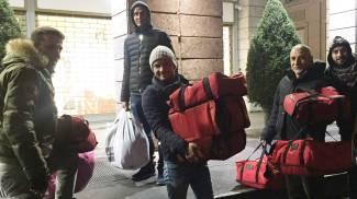 Claudio Caputo e i suoi collaboratori aiutano i senzatetto