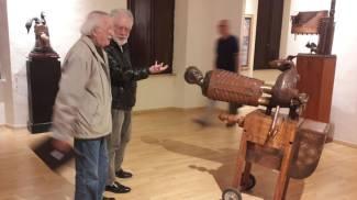 SOGNI E INCUBI A lato, la mostra di Trubbiani a Fano. Di fianco, Valeriano Trubbiani. Sotto, Carlo Bruscia e Fabio Tombari