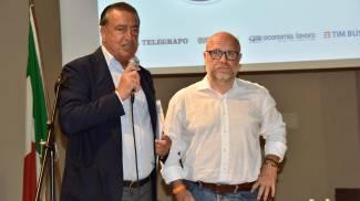 Il direttore de Il Telegrafo e La Nazione Francesco Carrassi e il sindaco Nogarin