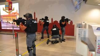 L'arresto del terrorista da parte della polizia