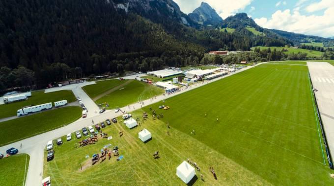 L'aeroporto di Gstaad-Saanen si trasforma la 23esima edizione del Polo Hublot Gold Cup ©PG