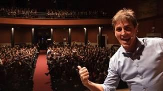 Maurizio Colombi al Teatro Puccini in Caveman 4 dicembre e 20 febbraio