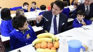 """Il premier Conte alla scuola primaria """"Papa Giovanni XXIII"""" di Bresso"""