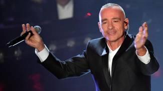 Eros Ramazzotti sul palco del Festival di Sanremo 2019 (Ansa)