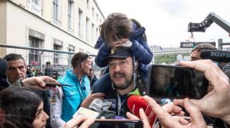Matteo Salvini con la figlia alla corsa di Formula E (Lapresse)