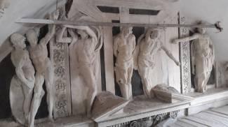 Decorazioni di scuola del Brandani a santa Croce (Urbino)
