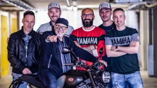 Vasco sulla sua Yamaha personalizzata
