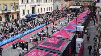 Fermento per il Giro d'Italia che parte da Ravenna