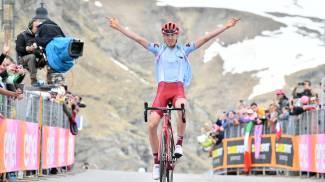Ilnur Zakarin vince sul Lago Serrù
