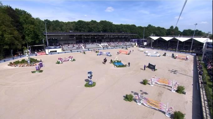 L'arena delle gare continentali a Rotterdam (ph. FEI Live TV)