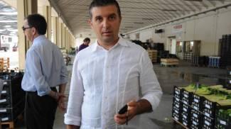 Rossano Fontan direttore del mercato di Lusia (Foto Donzelli)
