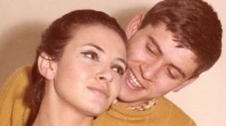 Gianni Morandi con l'ex moglie Laura Efrikian