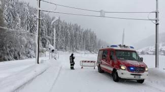 Neve, valli isolate in Alto Adige (Ansa, Vigili del Fuoco)