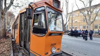 Scontro fra due tram a Torino: 14 feriti (Ansa)