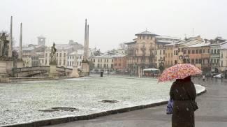 La neve a Padova (foto Ansa)