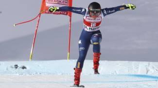 St Moritz, Sofia Goggia in pista senza bastoncino (Ansa)
