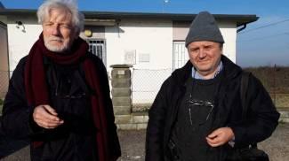 A sinistra Giampaolo Sighinolfi, geologo, e a destra il professor Romano Serra, a Disvetro