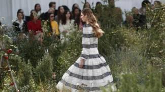 Un modello di Virginie Viard per Chanel (Ansa)