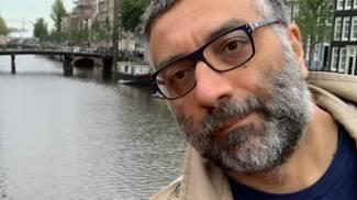 Luca La Pera, 41 anni: sotto, in prima linea, con la protezione anti Coronavirus