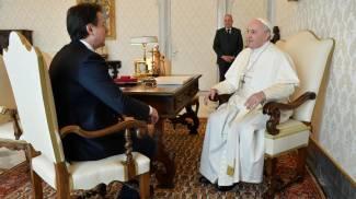 Il premier Conte in udienza dal Papa (Ansa)