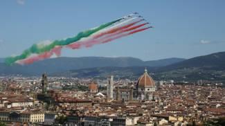Le Frecce Tricolori su Firenze (New Press Photo)
