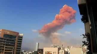 Tremenda esplosione a Beirut (Ansa)