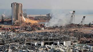 Beirut, due violente esplosioni al porto (Ansa)