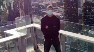 Zlatan Ibrahimovic nel video girato sul Belvedere di Palazzo Lombardia