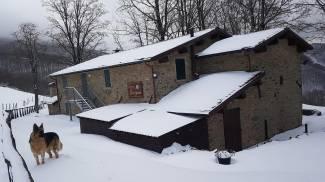 La foto del rifugio Burigone (da Facebook)