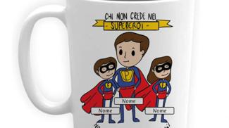 Tazza Papà Supereroe su amazon.com