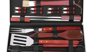 Kit utensili per barbecue di Fixkit su amazon.com