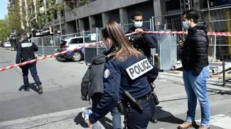 La polizia parigina ha transennato l'area