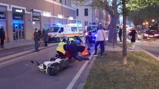 L'incidente in piazza Mazzini (Foto Novi)