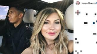 Chris Smalling con la moglie Sam (Instagram)