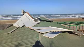 I danni alla tettoia