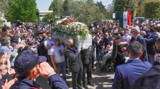 Un momento dei funerali (Acerboni / FotoCastellani)