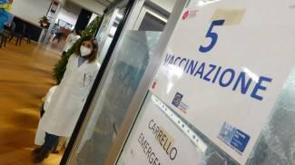 Pistoia, il nuovo centro vaccinale (foto Acerboni/FotoCastellani)