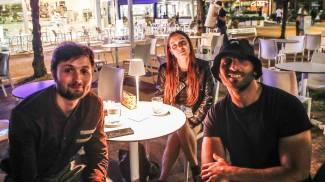 Daniele Olivieri, Marianna Feduzzi e Vito Petruzzelli al bar 'El Cid'