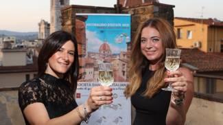 Il brindisi inaugurale di Toscana Arcobaleno d'Estate (New Press Photo)